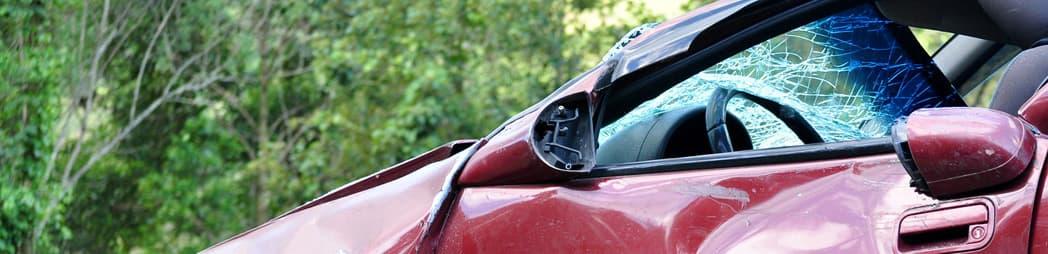 abandonar el coche tras sufrir un accidente